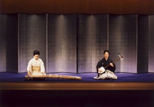「新青柳」 左:米川敏子師、右:藤井泰和師