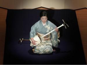 「玉川」 三弦:藤井昭子